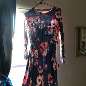 Long sleeve flowery dress